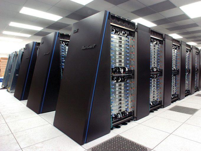 Китай делает самый мощный суперкомпьютер