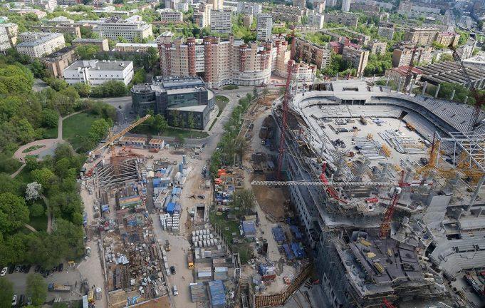 QR-коды на стройках Москвы покажут будщие здания