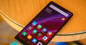 Смартфон Xiaomi Mi Mix 2s будет поддерживать беспроводную зарядку