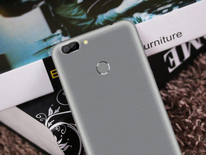 Ультратонкий смартфон за 8000 рублей? Запросто!
