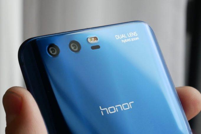 Безрамочный смартфон Honor Note 9 получит 12-нанометровую SoC Kirin 670