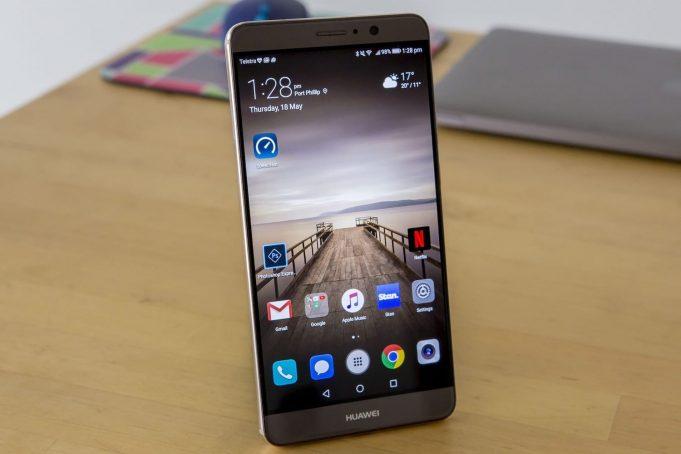 Huawei опровергла обновление смартфона Honor 8 до Android 8.0 Oreo