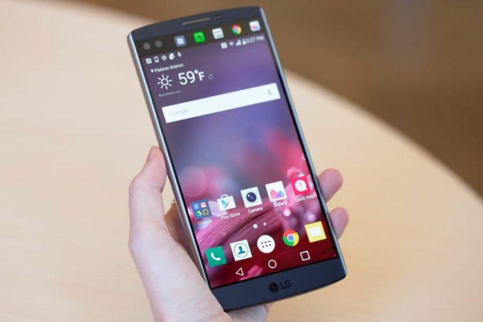 ИИ-смартфону LG V30s приписали 256 Гбайт флеш-памяти и высокую цену