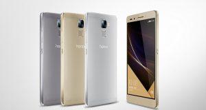 Huawei представила безрамочный смартфон Honor 7C дешевле $150