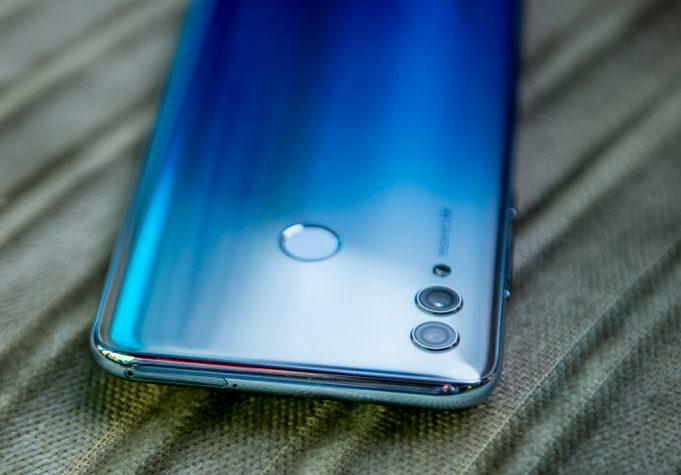 Недорогие смартфоны Neffos X20 и X20 Pro получили каплевидный вырез