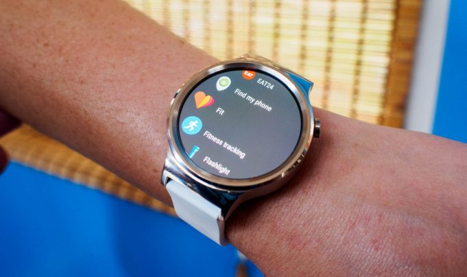 Google и LG готовят смарт-часы Watch Sport и Watch Style на Android Wear 2.0