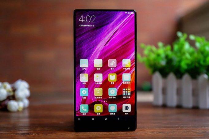 Так ли нужны безрамочные смартфоны?