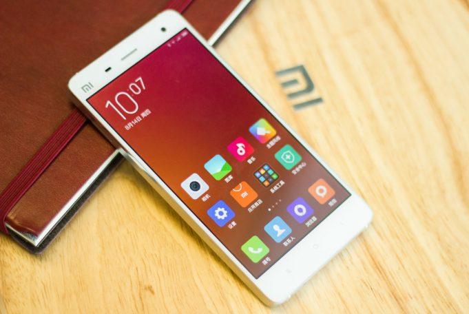 Китайцы приостанавливают поставки смартфонов Xiaomi в Россию