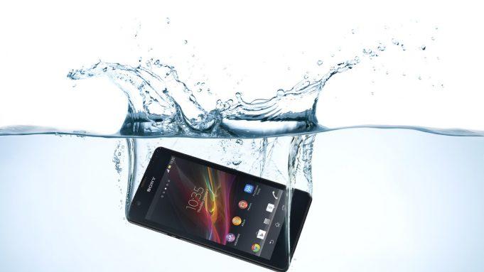 Лучший противоударный водонепроницаемый смартфон 2018