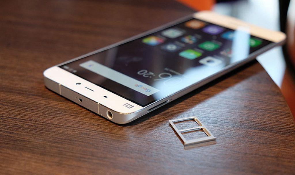 Какой смартфон лучше Xiaomi или Huawei